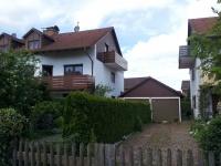 Bv: Schwabhausen - Balkone + Garage + Haus