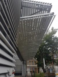 Sentabad - 18 Meter- Falttor mit Lamellen