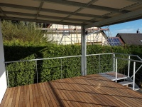 Terrasse mit Überdachung